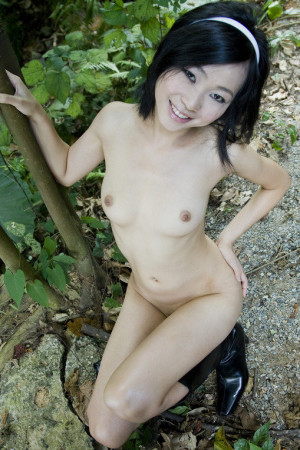 chinese girl naked body