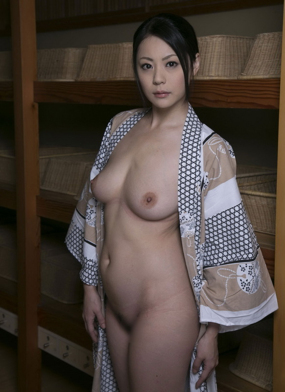 Japanese Free Porn Pictures - Nude Girls Gone Wet: