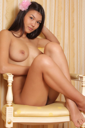 nude hot asian girl