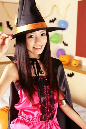 halloween costume hot asian model